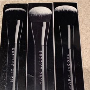 Marc Jacobs make up brushes